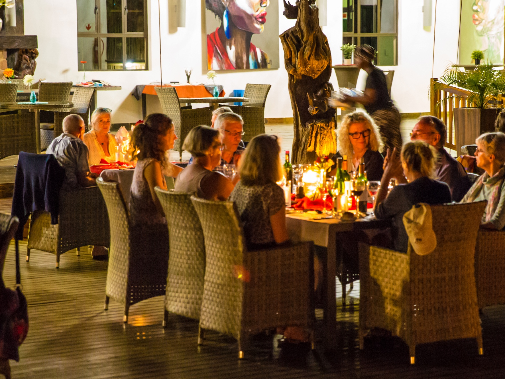 rhino+lodge+dinner+Kopie.jpg