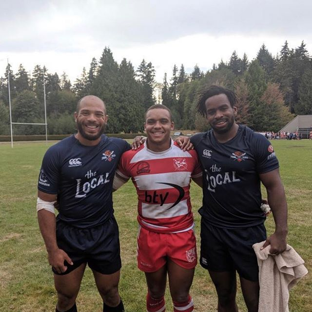 Coo teammates @kai.lloyd @doug_fraser & @fidindon catch up after the BC Premiership resumed this past weekend. The Bays @jbaarugby walked away with a clutch 19-17 away win over @vancouver_rowing club #coo #teammates #canadian #french #internationals #nofilter