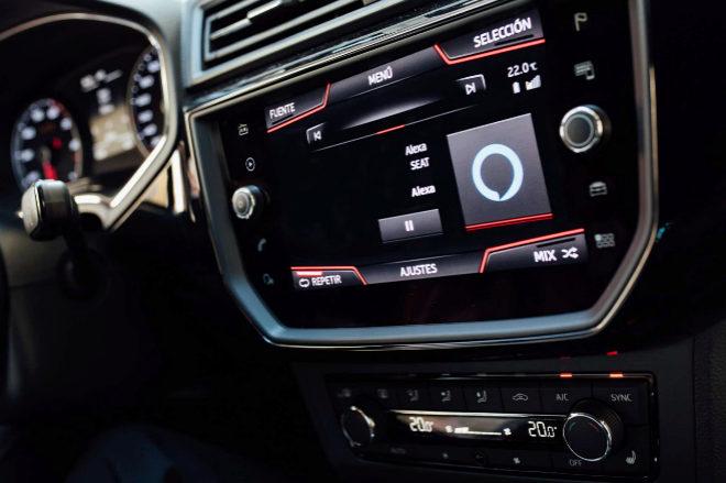SEAT incorpora el servicio de voz Amazon Alexa en sus vehículos de España, Italia y Francia - 8/11/2018. El Mundo. SEAT se ha convertido en la primera marca europea que incorpora Amazon Alexa a sus modelos. El servicio de voz basado en la nube de Amazon, ya disponible en Reino Unido y Alemania, comienza su funcionamiento dentro del mercado español e italiano y, a partir del próximo 12 de noviembre, lo hará también en el francés.