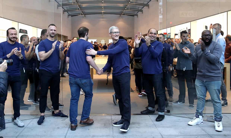 """Apple y su manual interno - 11/12/2018. The Guardian ha tenido acceso al manual interno de Apple y han desvelado algunas de las palabras """"tabú"""" que sus empleados tienen terminantemente prohibido decir como por ejmeplo """"problema"""
