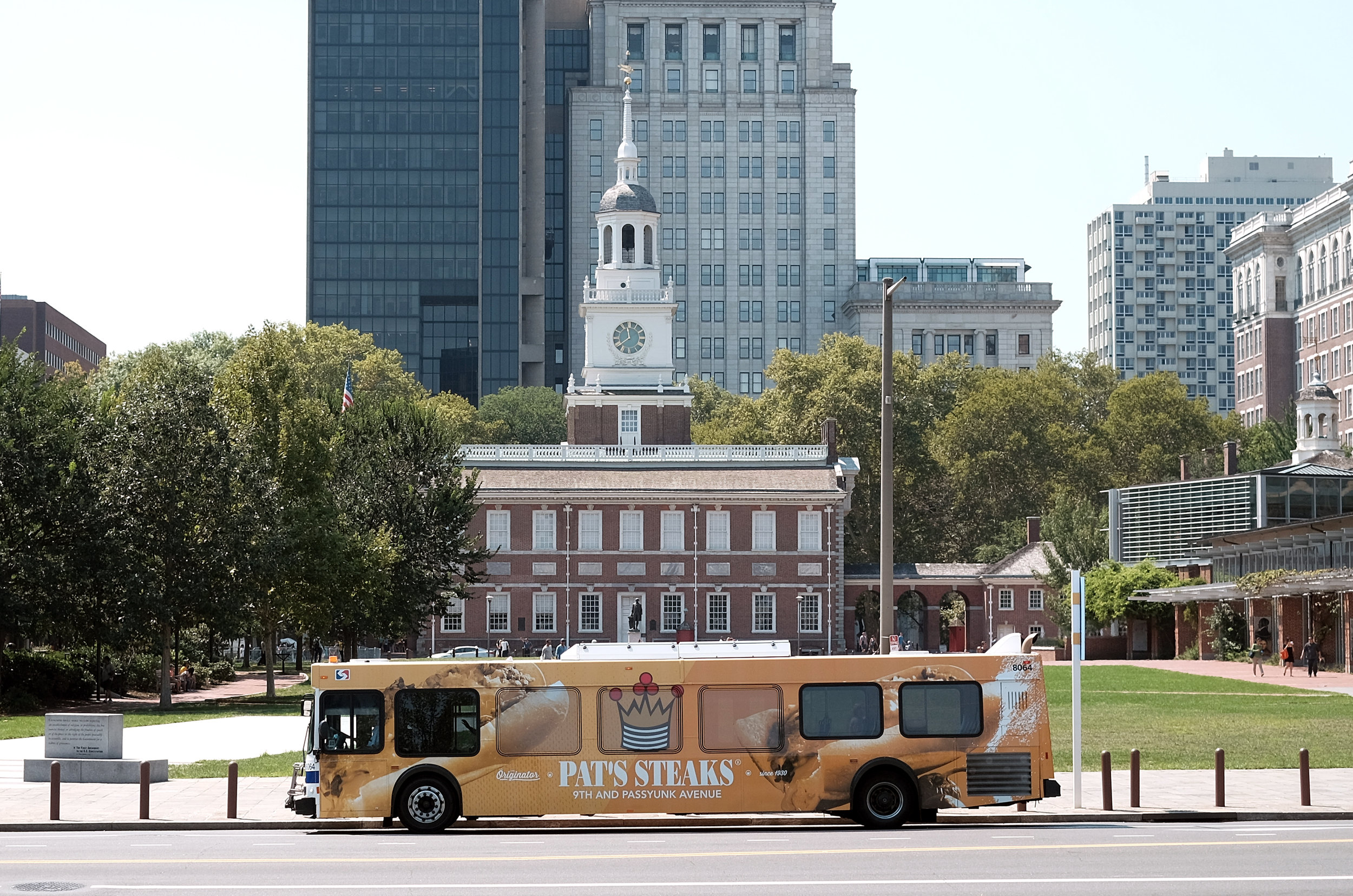 Philadelphia_Bus_Full Wrap_21529253_648211.jpg