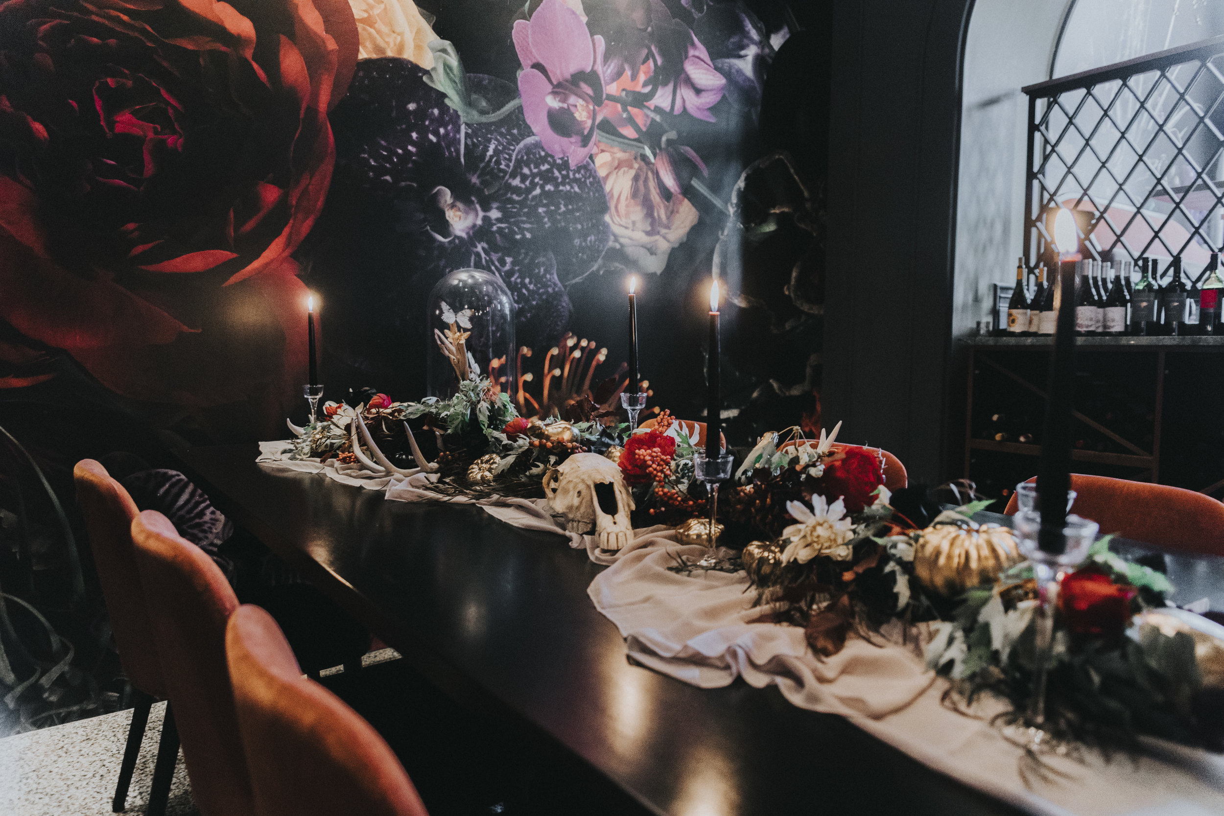 Omaha-wedding-photographer-hotel-deco