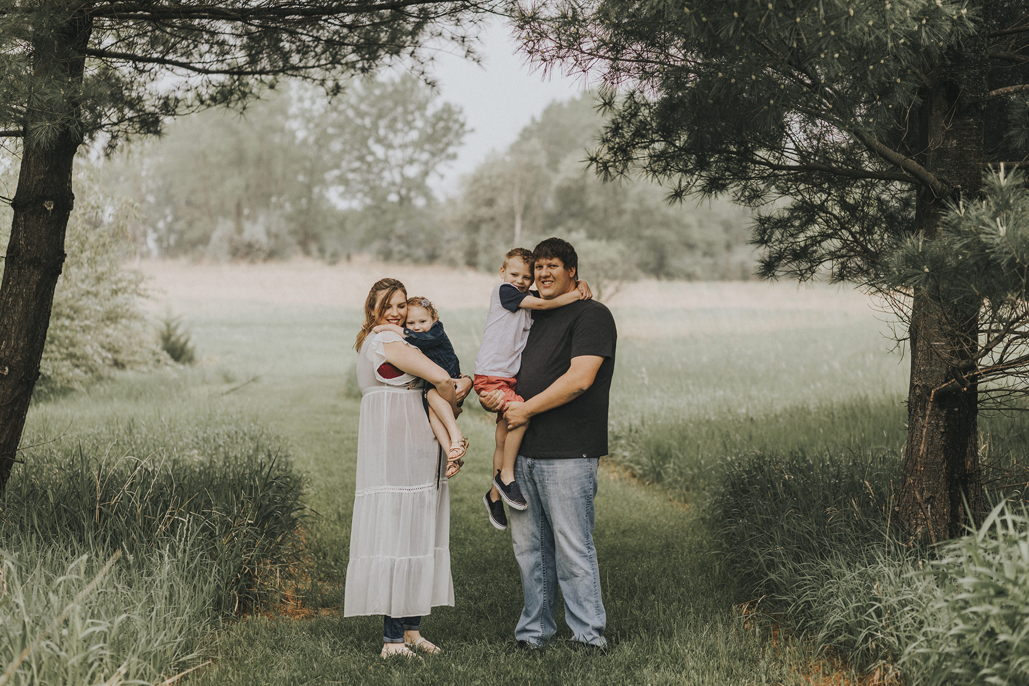 4 omaha-family-photographer-chalco.jpg