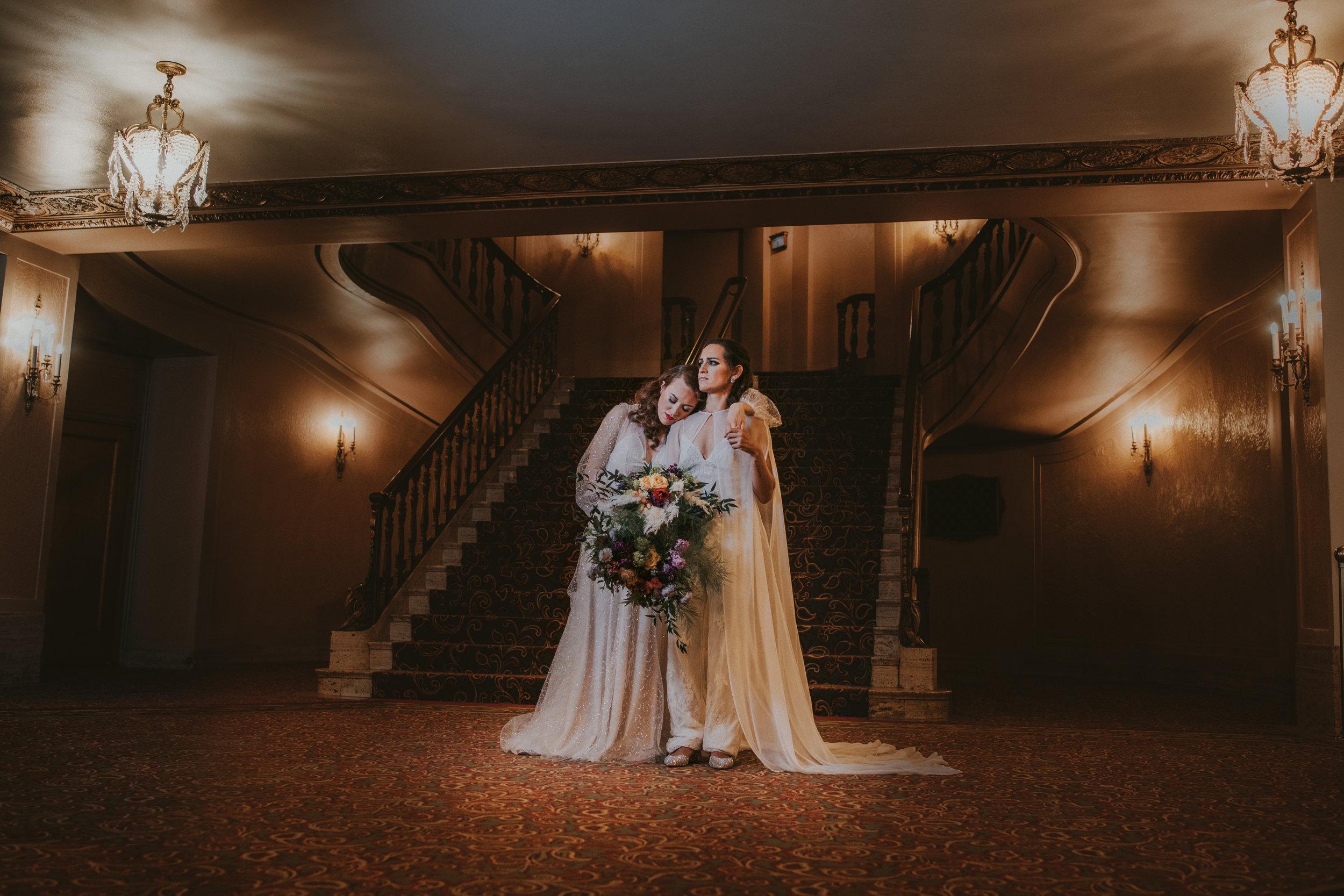 17 tiny-luxe-weddings-omaha-nebraska-midwest-orpheum copy.jpg
