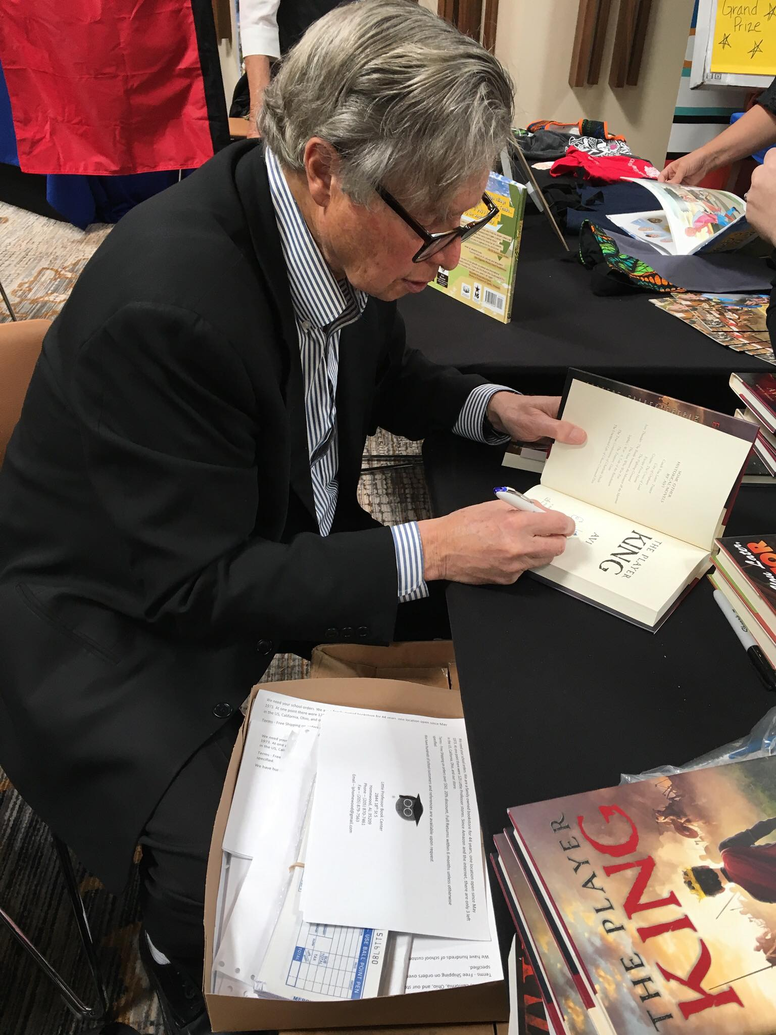 Author Avi at a book signing for his latest release, The Player King