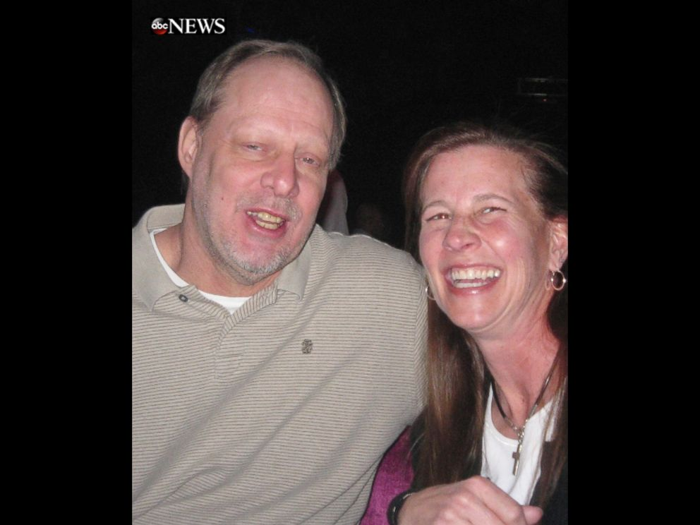Stephen Paddock, perpetrator of 2017 Las Vegas shooting (58 fatalities and 851 injuries), pictured cheerful at a bar with his friend. Source, ABC News.