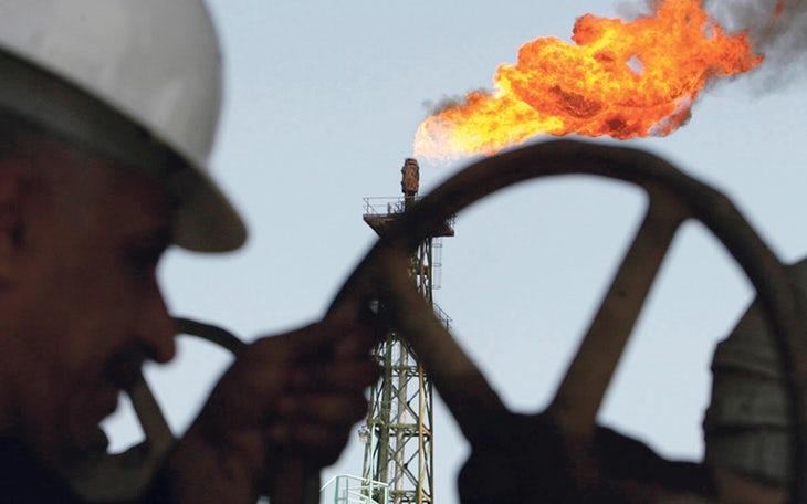petroleo Sousa Cintra.jpg
