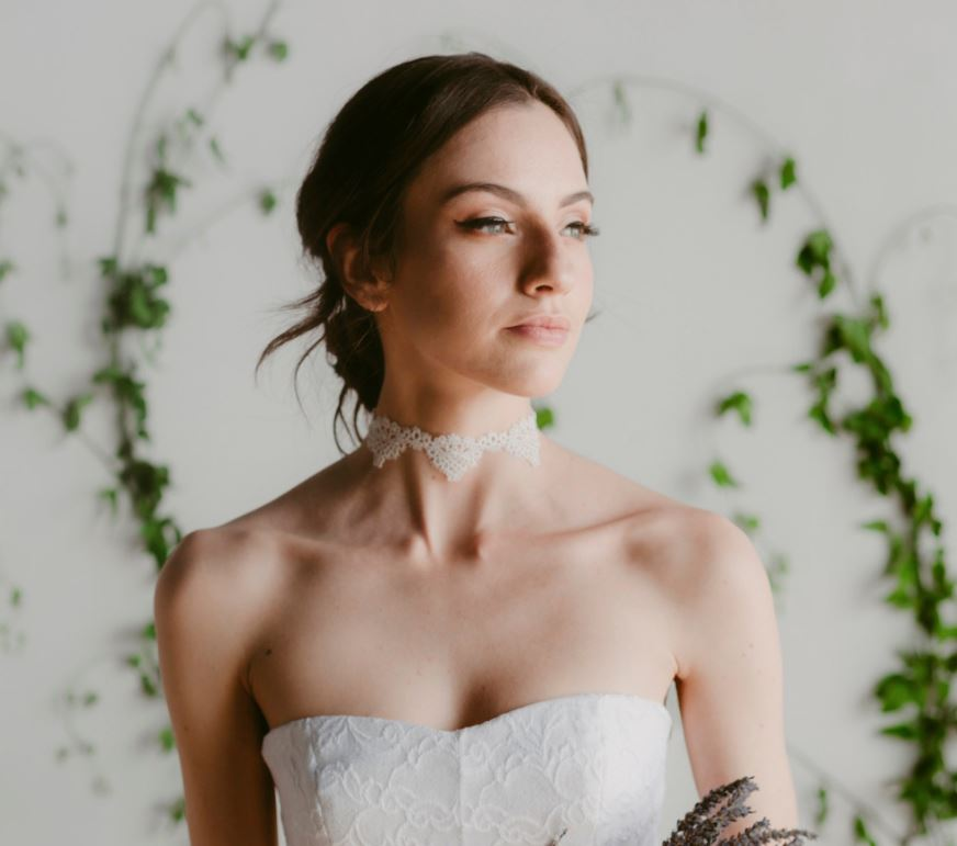 The simple, and chic lace choker to add an edgy, yet feminine touch to your wedding day look.