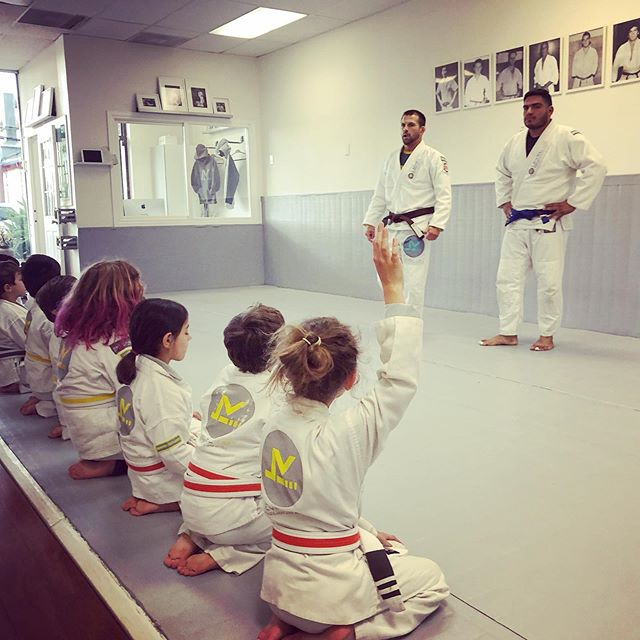 Martial Arts is proven to give kids and teens added confidence, improved focus and discipline as well as understanding kindness, respect and self control with one self and others! It can be one of the best things you do for your child. Join our Personal Introductory Program and discover more! Houstonbrazilianjiujitsu.com (346)-818-7881 #woodlandhills #studiocity #westlosangeles #santamonica #culvercity #california #cypress #houston #texas #levelupbrazilianjiujitsu #levelupbjj #bjj #kids #teens #martialarts #focus #discipline #selfcontrol #respect #bullydefense
