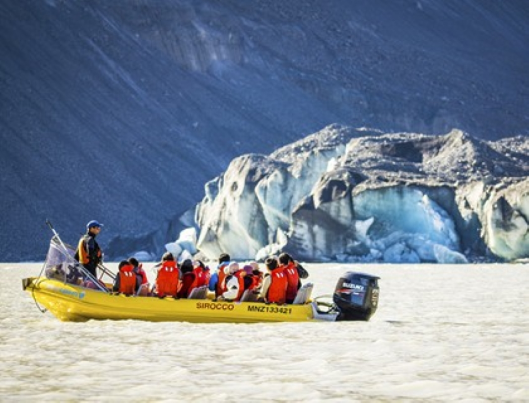 Glacier Explorers 800.jpg
