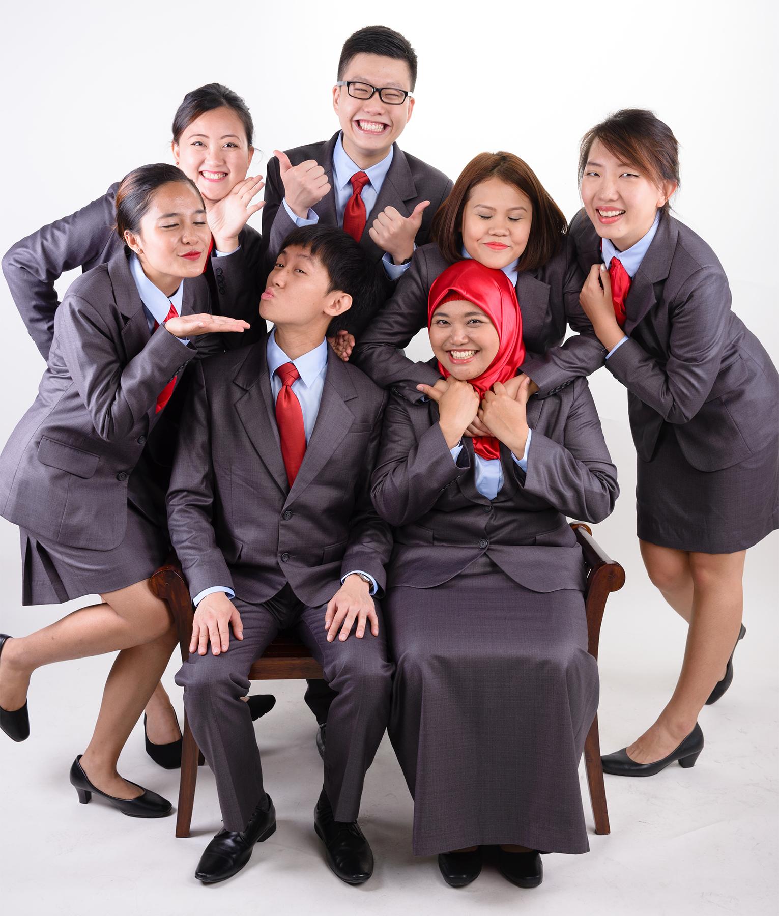 L-R: Astiqah, Esther, Elijah, Choon Leong, Hyd, Rahmuna, Wanlin. Photo took by: ZZ, 2015.