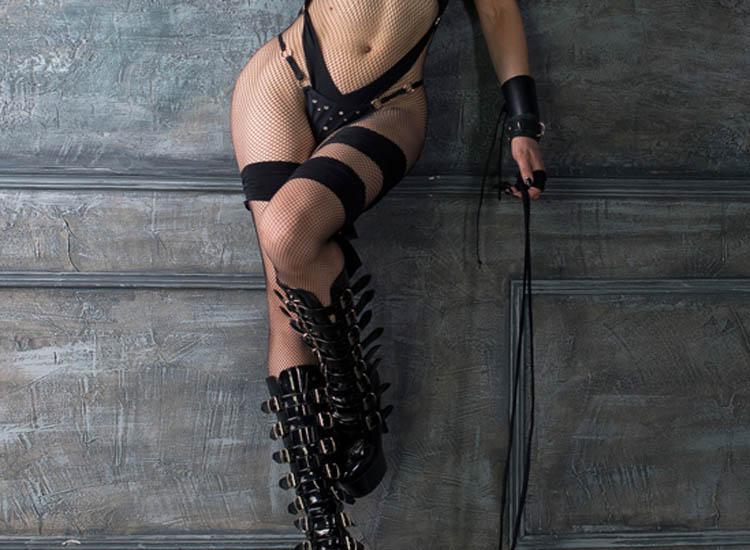 Lady Standing Boots B.jpg