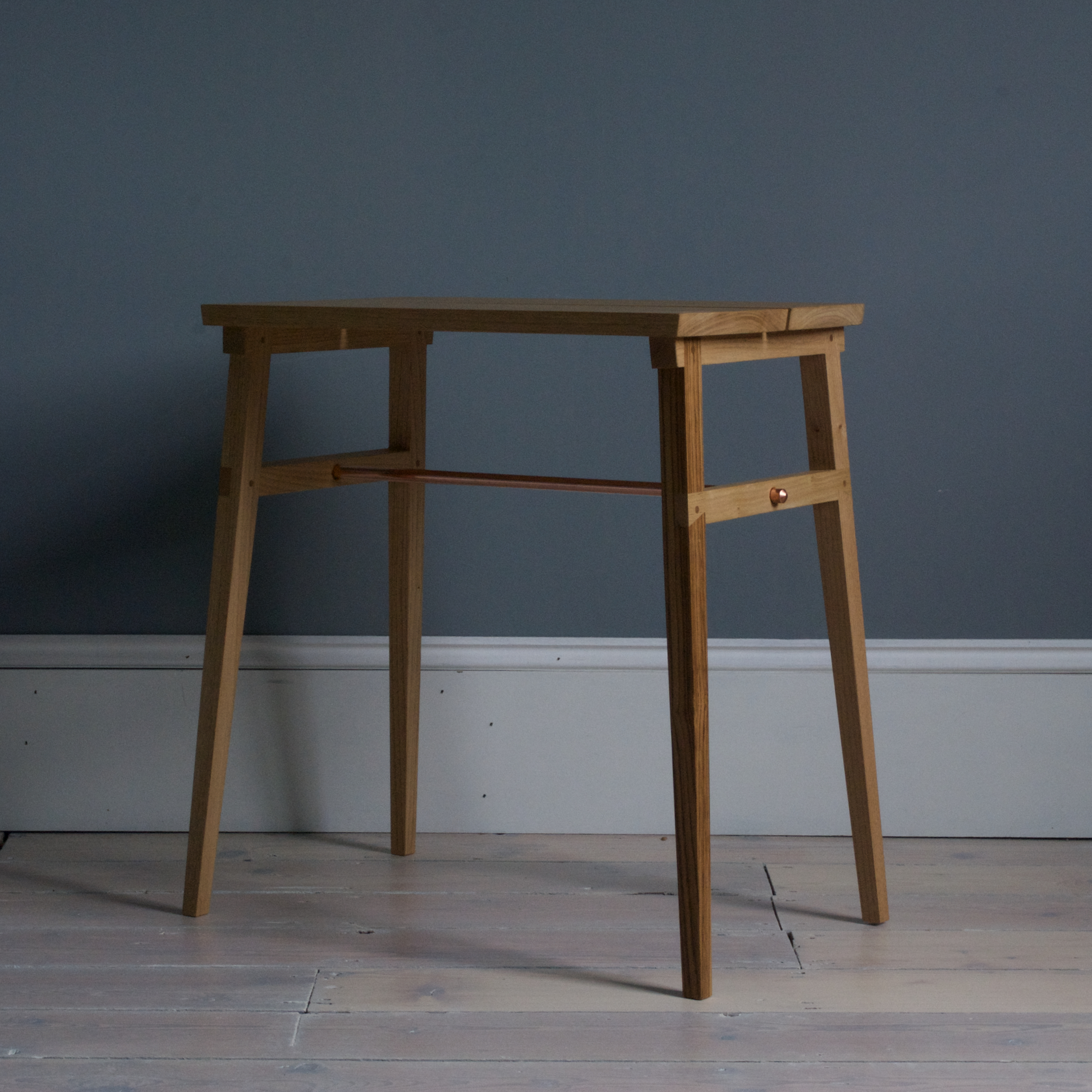 cator Side Table -