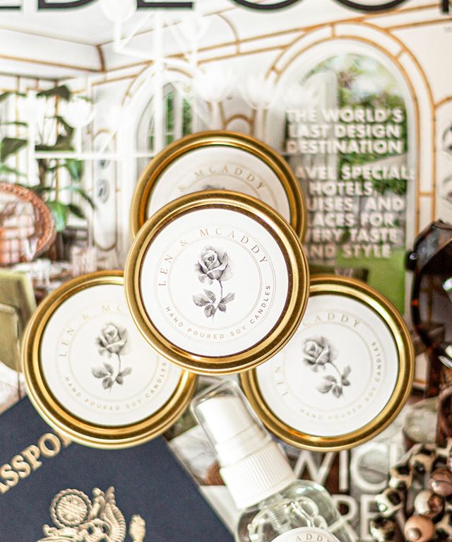 Never leave home without us! No, but really, with our travel candles, and small room mist, you have the luxury of taking us wherever you go! We are really good travel buddies, and we smell delicious. ⠀⠀⠀⠀⠀⠀⠀⠀⠀ ⠀⠀⠀⠀⠀⠀⠀⠀⠀ 📸 by @carlisagbranding ⠀⠀⠀⠀⠀⠀⠀⠀⠀ ⠀⠀⠀⠀⠀⠀⠀⠀⠀ #goldtins #traveltins #femaleownedbusinesses #roommist #luxuryroommist#luxurycandles#popupshop#frangranceoils #giftbaskets #candlemaker #lenmcaddycandles #lma #interiordesign #candleslovers #clean#relaunch #website#branding #ladyboss#luxurycandle#jomalone#lifesty#homecollection #femalesmallbusinessowner#blackinteriordesignernetwork#candlecare#luxurycandles