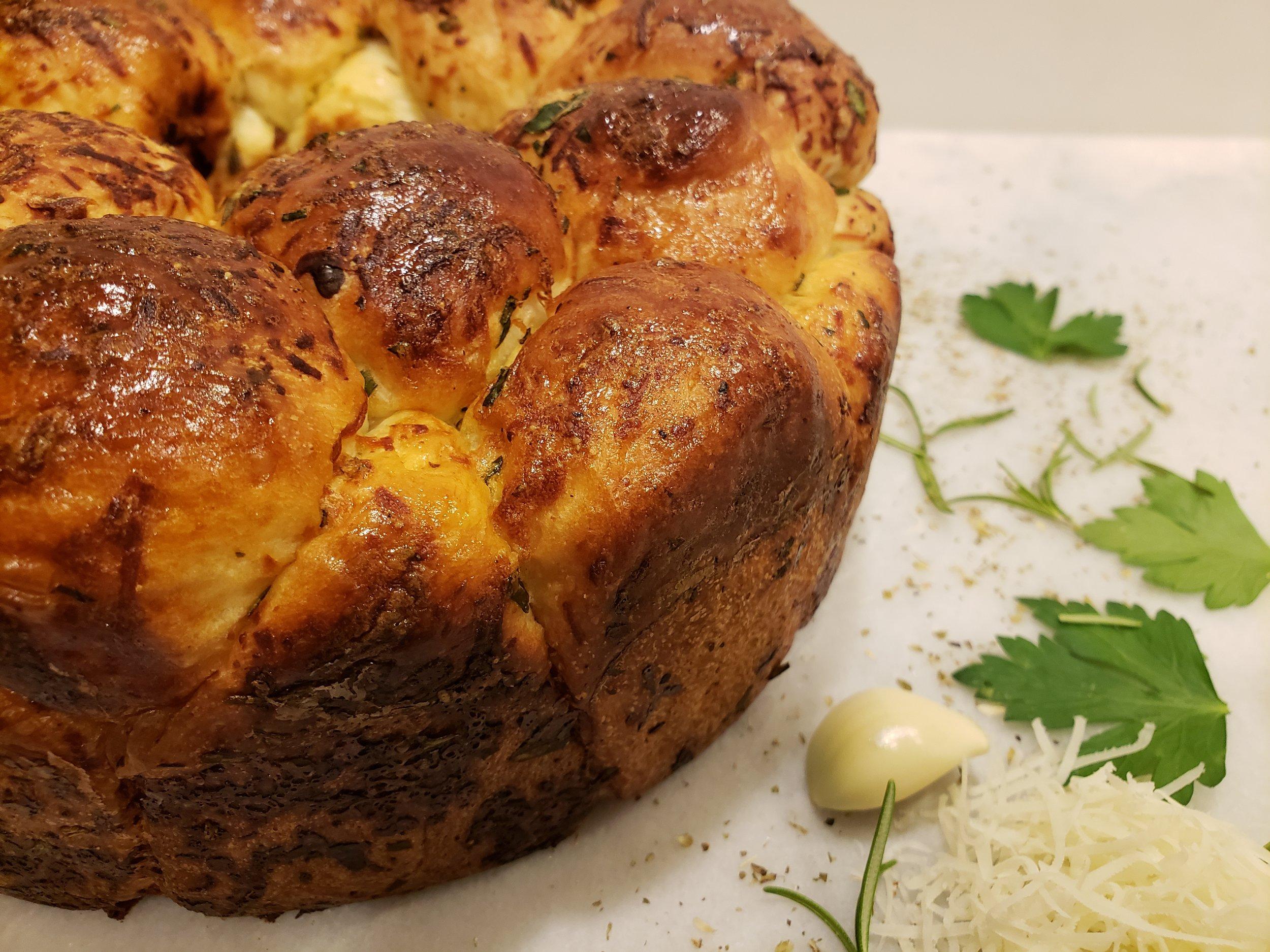 Parmigiano Asiago Herb Pull Apart Bread