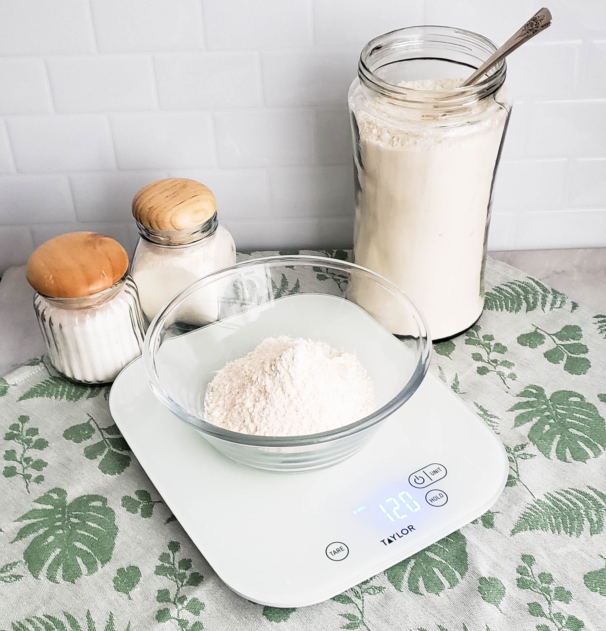 Baking Tip Weigh Ingredients.jpg
