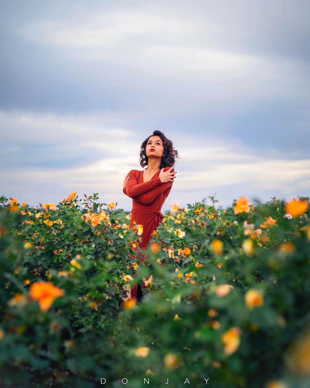 Elisa Golden Flowers.jpg