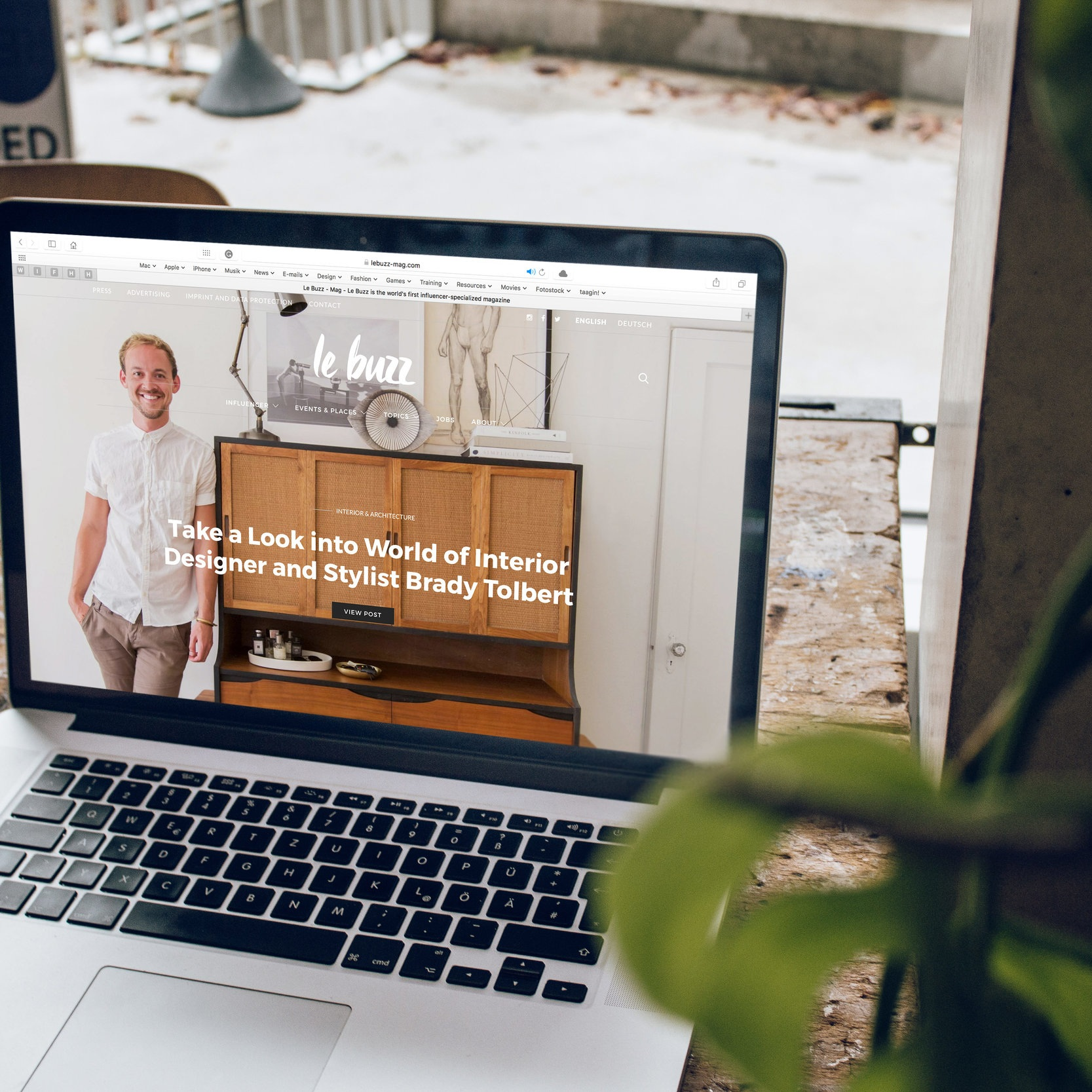 Blue Host - Starting an online business is now easier more than ever. All it starts with is a GOOD website or landing page! Bluehost is a BUDGET FRIENDLY option for those just starting out, at only $3.48 per month! CHECK THEM OUT BELOW
