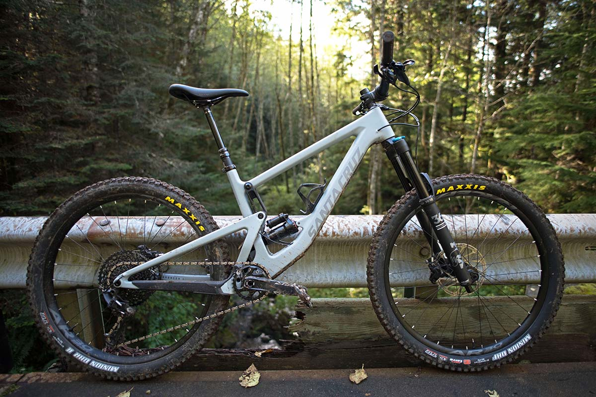Santa Cruz Bronson (full bike).jpg