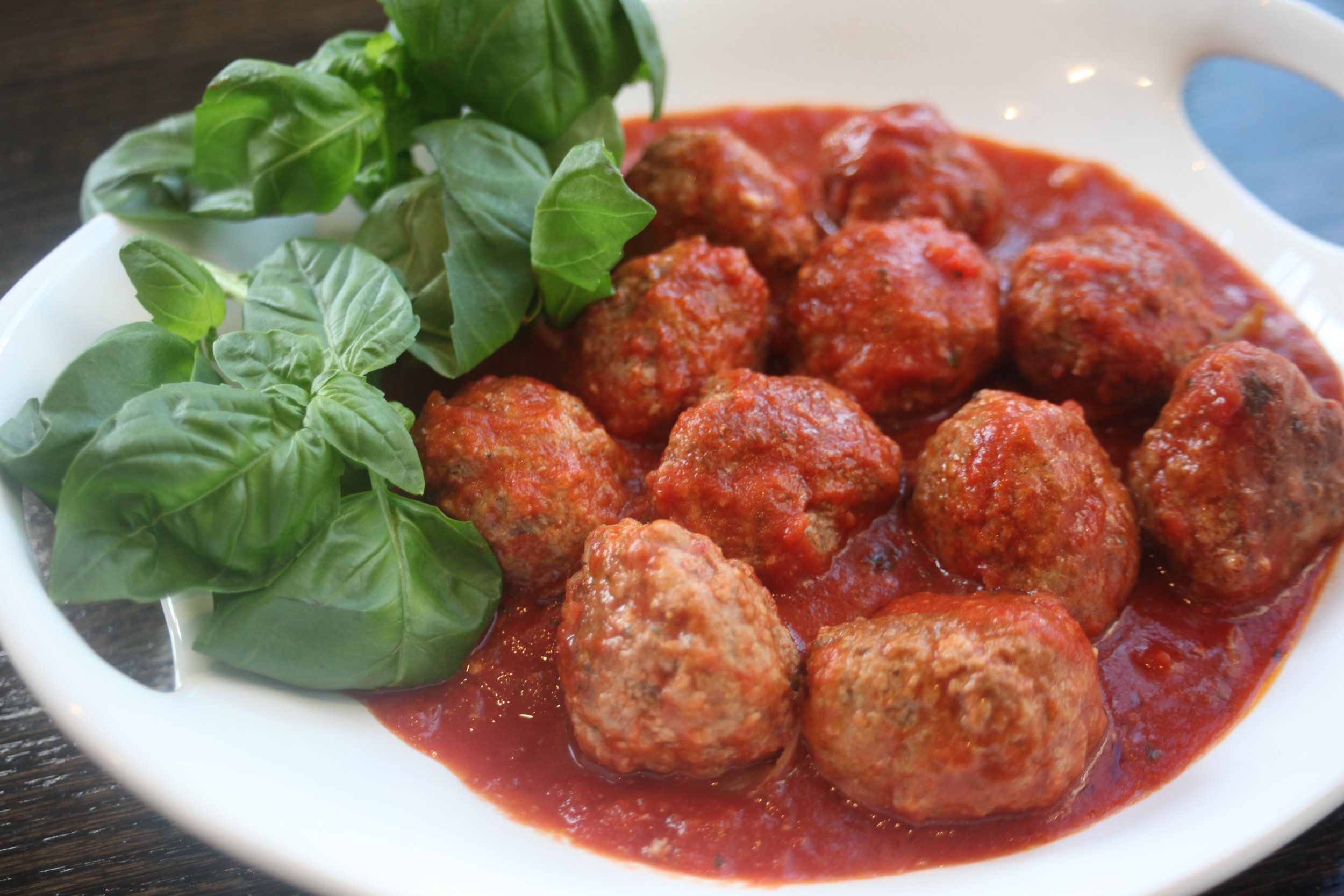Saucy meatballs to put in casserole