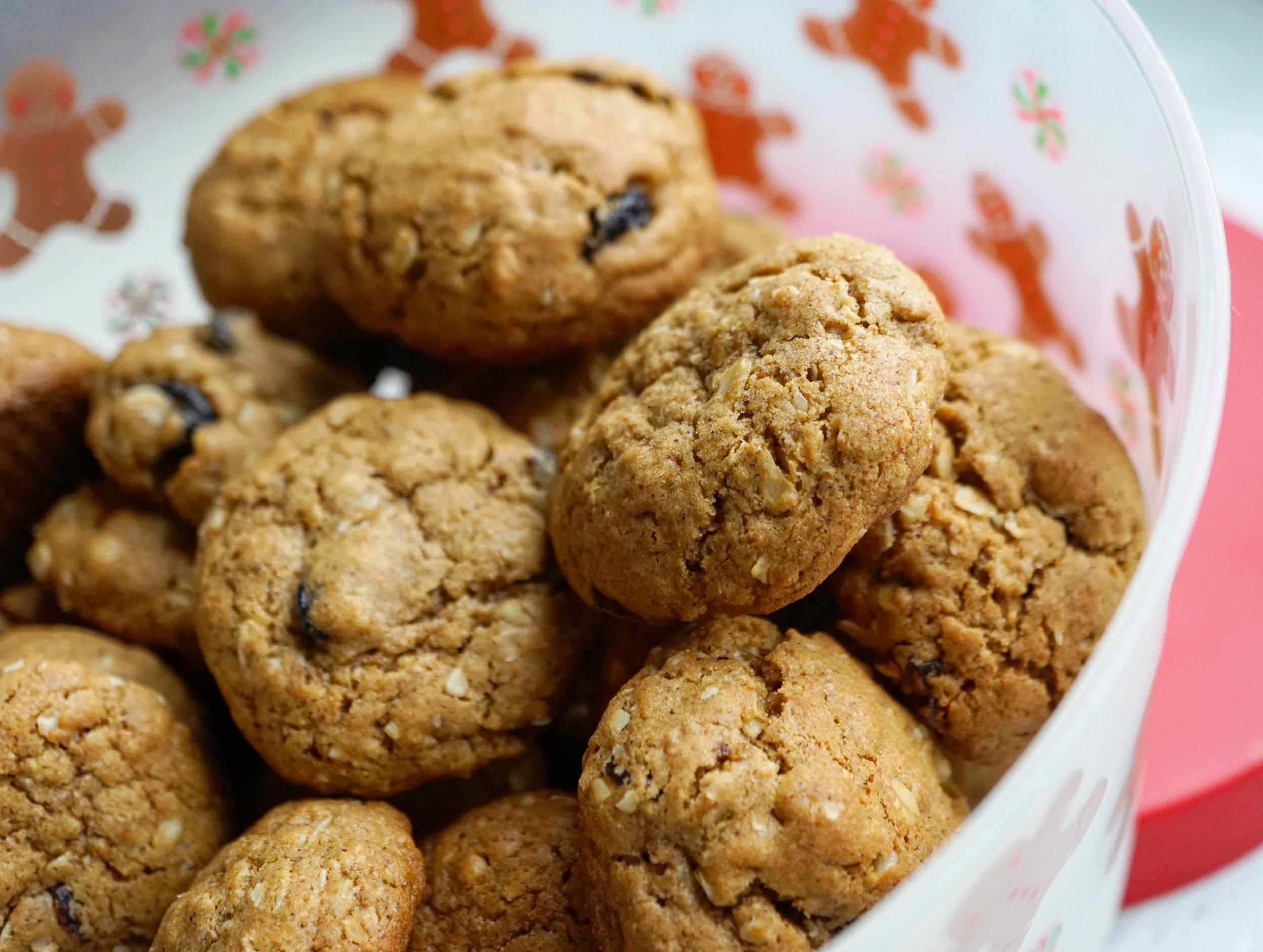 gingerbread oatmeal cookies-dina.jpg