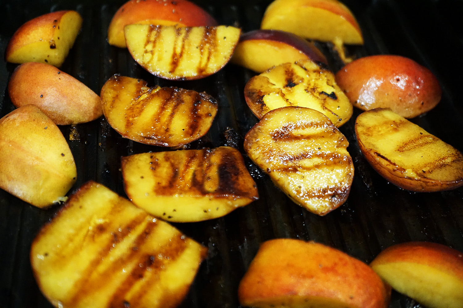 grilled-peaches dishitgirl.jpg