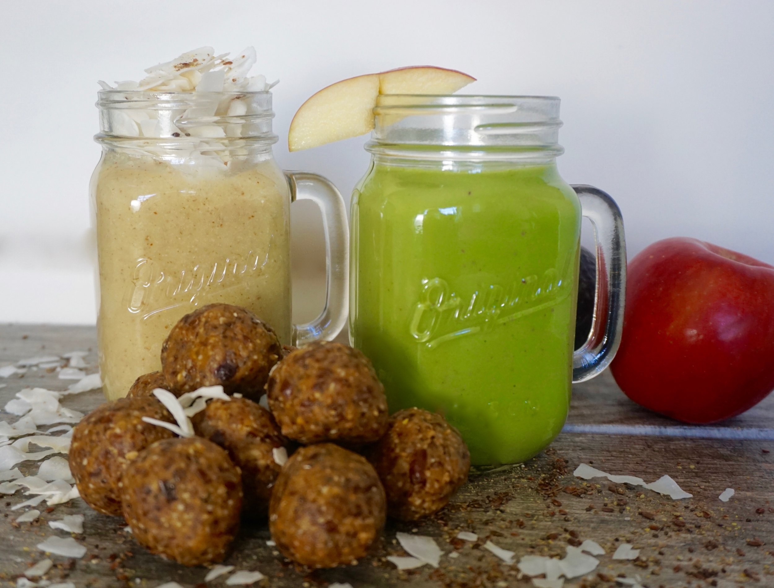 two healthy-smoothies-dishitgirl.jpg
