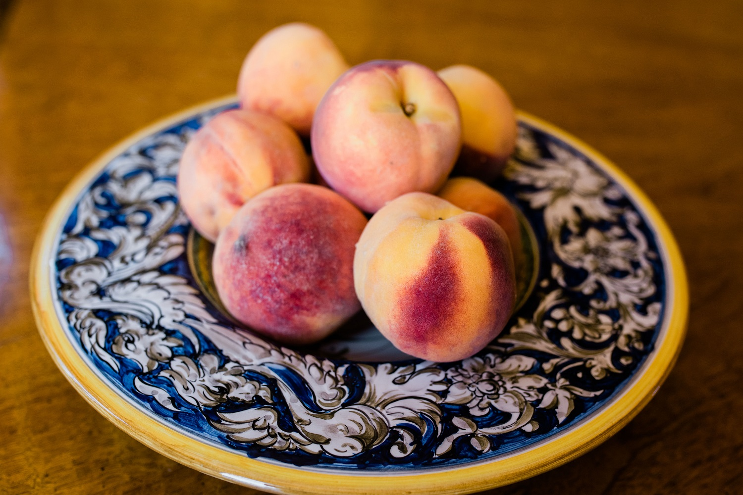 fresh-peaches-in-bowl.jpg