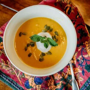 roasted-butternut-squash-soup.jpg