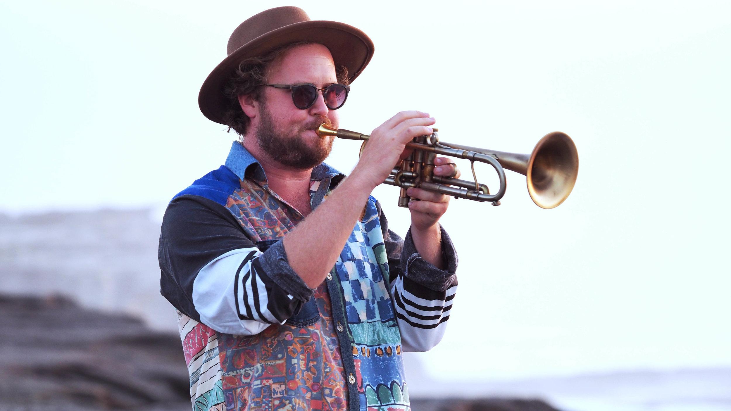 01 Trumpet 300 dpi.jpg