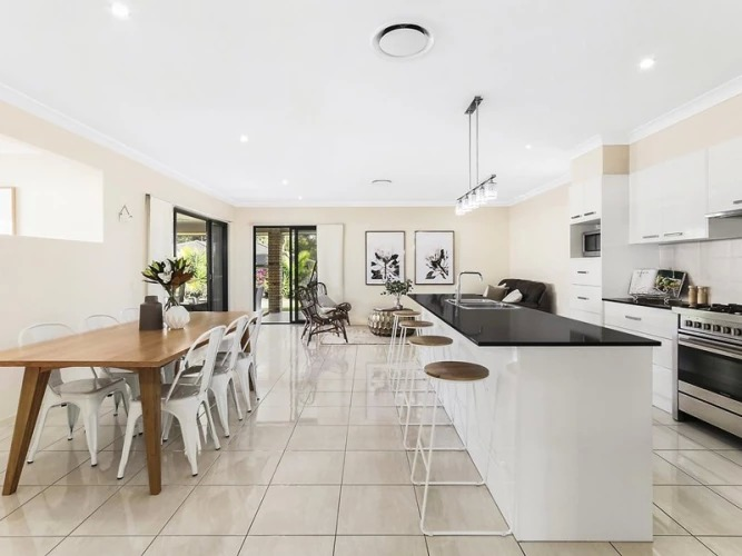 """Warm and heartfelt thanks to Reuben and his Team, particularly Jack and Isabella, at McGrath Paddington who ensured that the the purchase of our property was a pleasurable experience. Nothing was too much trouble and the level of professionalism was impressive!"" - Buyer Review / Mrs McKay / 20 Springbrook Pl Moggill QLD 4070 / $592k"