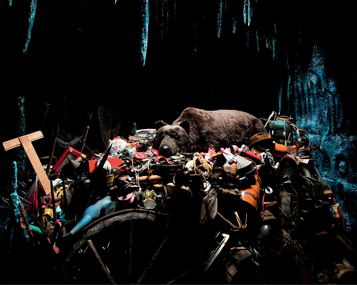 TROPICAL RAINFOREST PRESERVES  (Mobile VERSION) 1990  Mark Dion and William Schefferine, tropical vegetation, soil, stones, and enamel wheelbarrow. Courtesy of the artist and Tanya Bonakdar Gallery, New York.