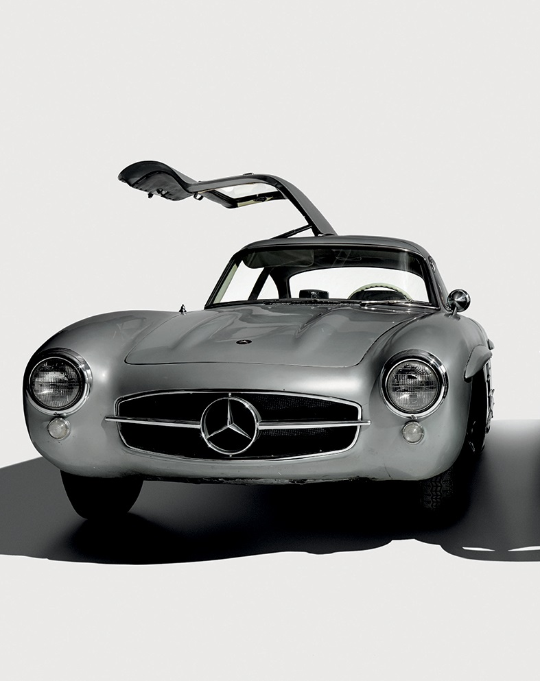 1955 MERCEDES-BENZ 300SL GULLWING COUPE Photographed at the Simeone Foundation Automotive Museum, December 2014