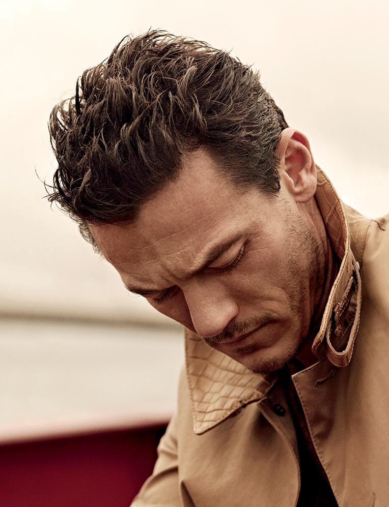 Canvas and leather coat Belstaff, Cashmere knit tee Giorgio Armani