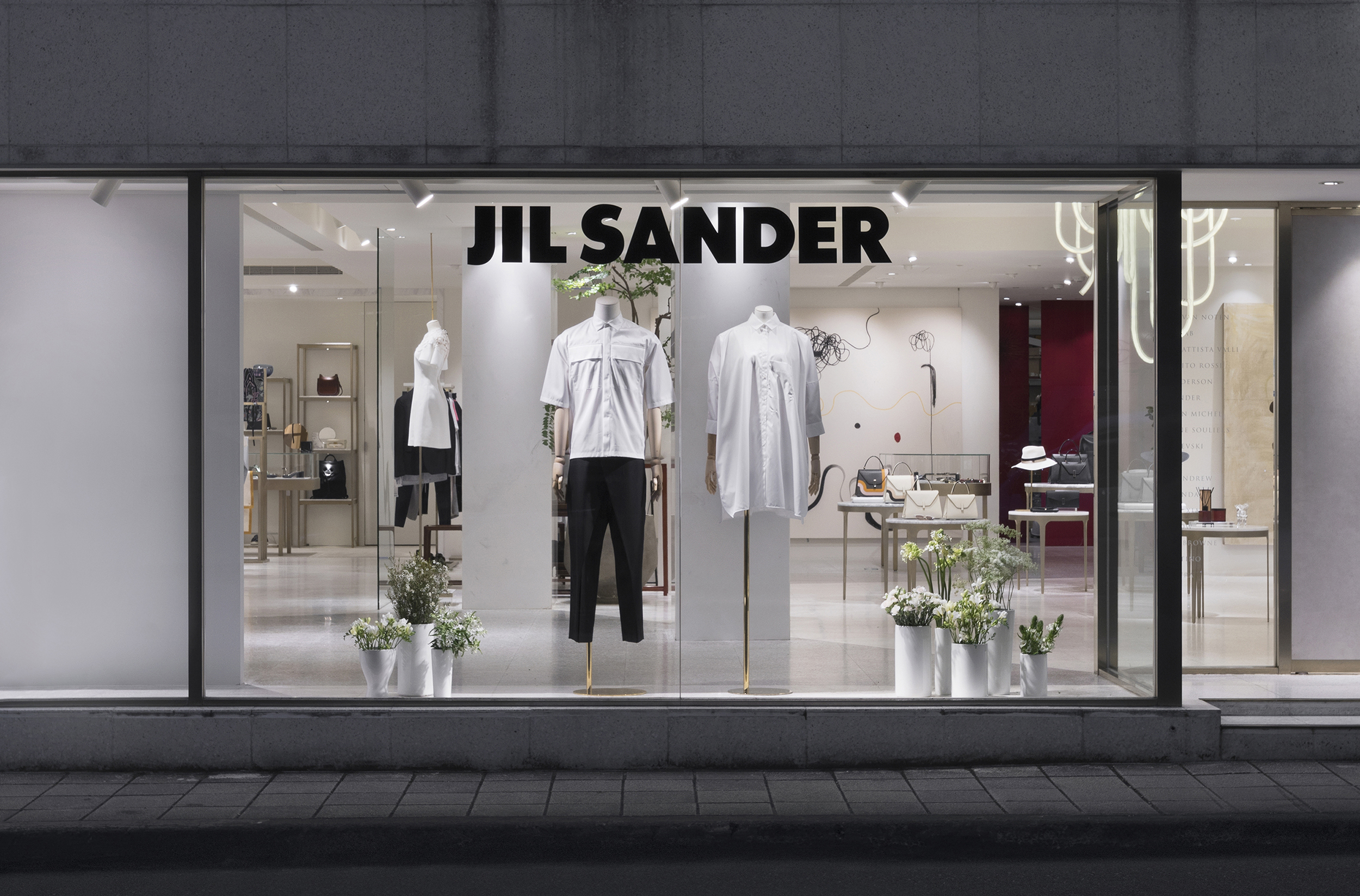 ART HAUS_JIL SANDER WINDOW DISPLAY_02.jpg