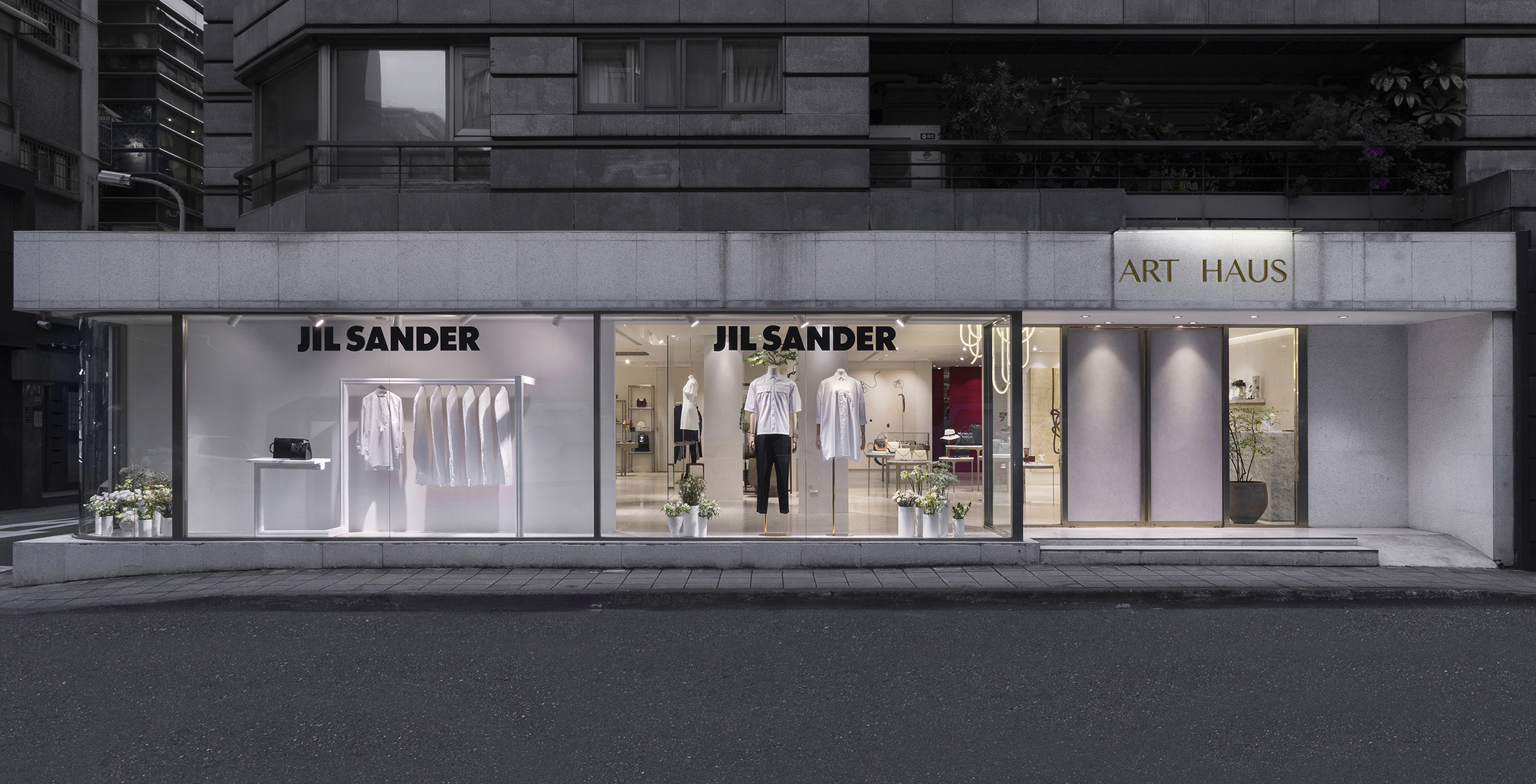 ART HAUS_JIL SANDER WINDOW DISPLAY_01.jpg