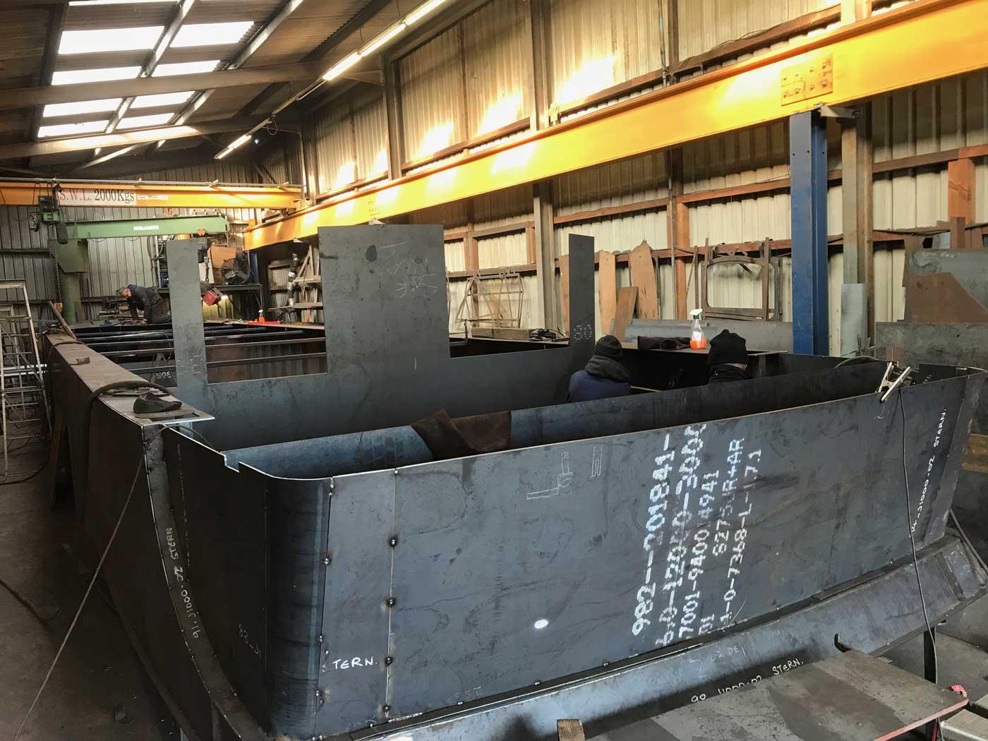 steel-boat-building
