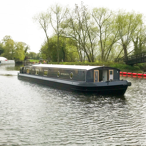 wide-beam-sold-at-nottingham-boat-co-integrity