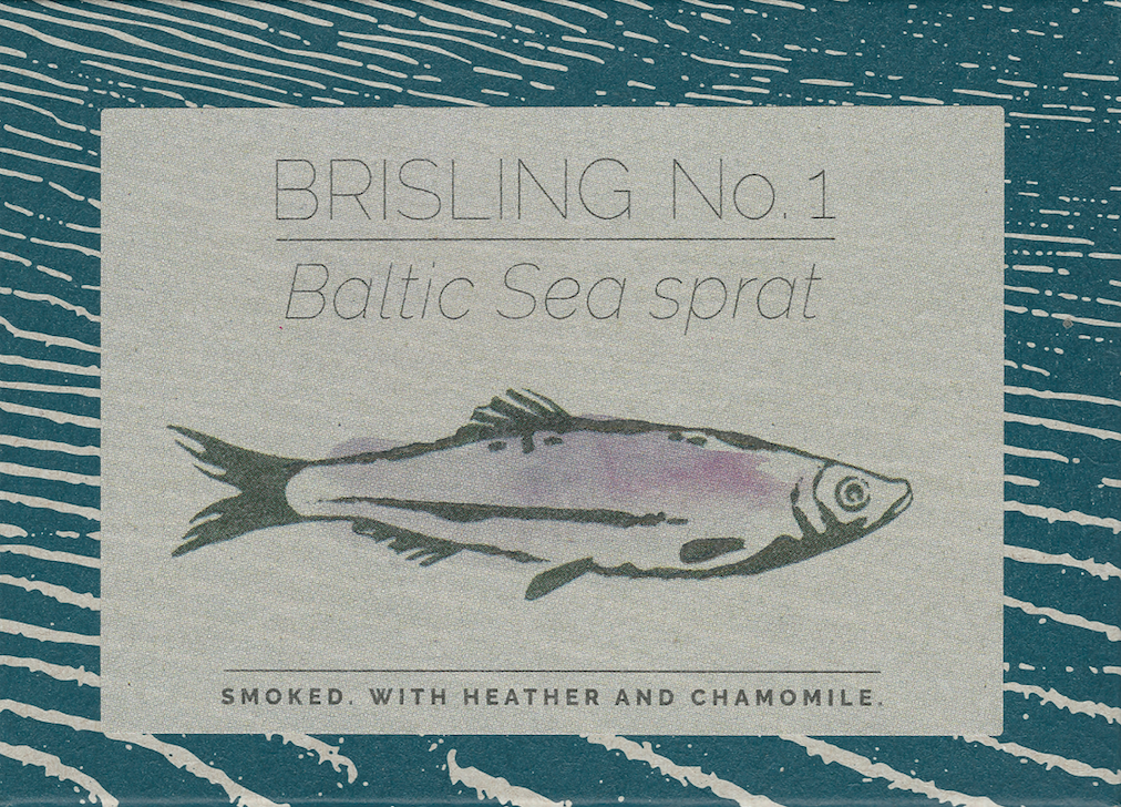 Baltic Sea sprat no. 1 Smoked. With heather and chamomile