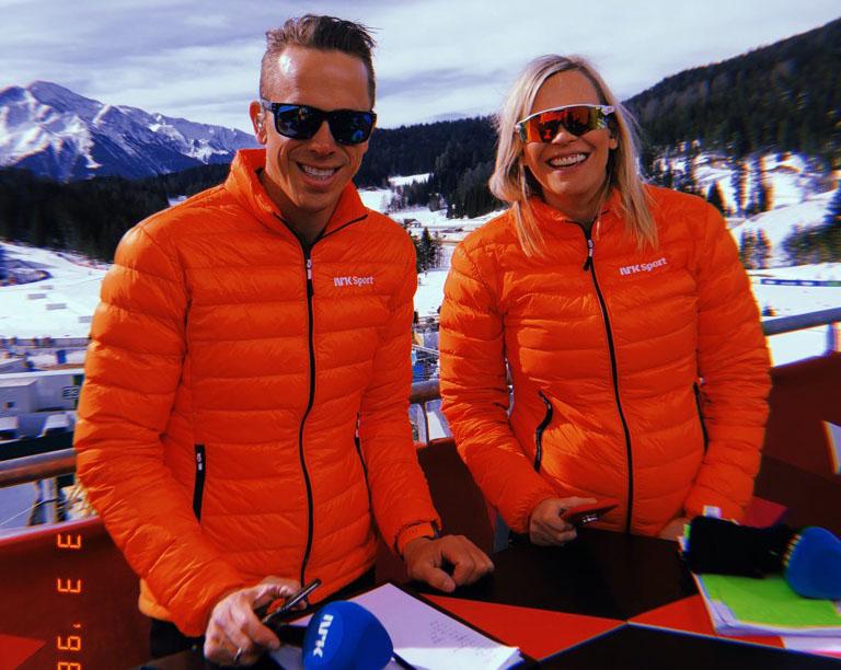 Carina Olset trives godt med å jobbe sammen med eksperter. Her er hun sammen med Fredrik Aukland under VM i Seefeld tidligere i år.