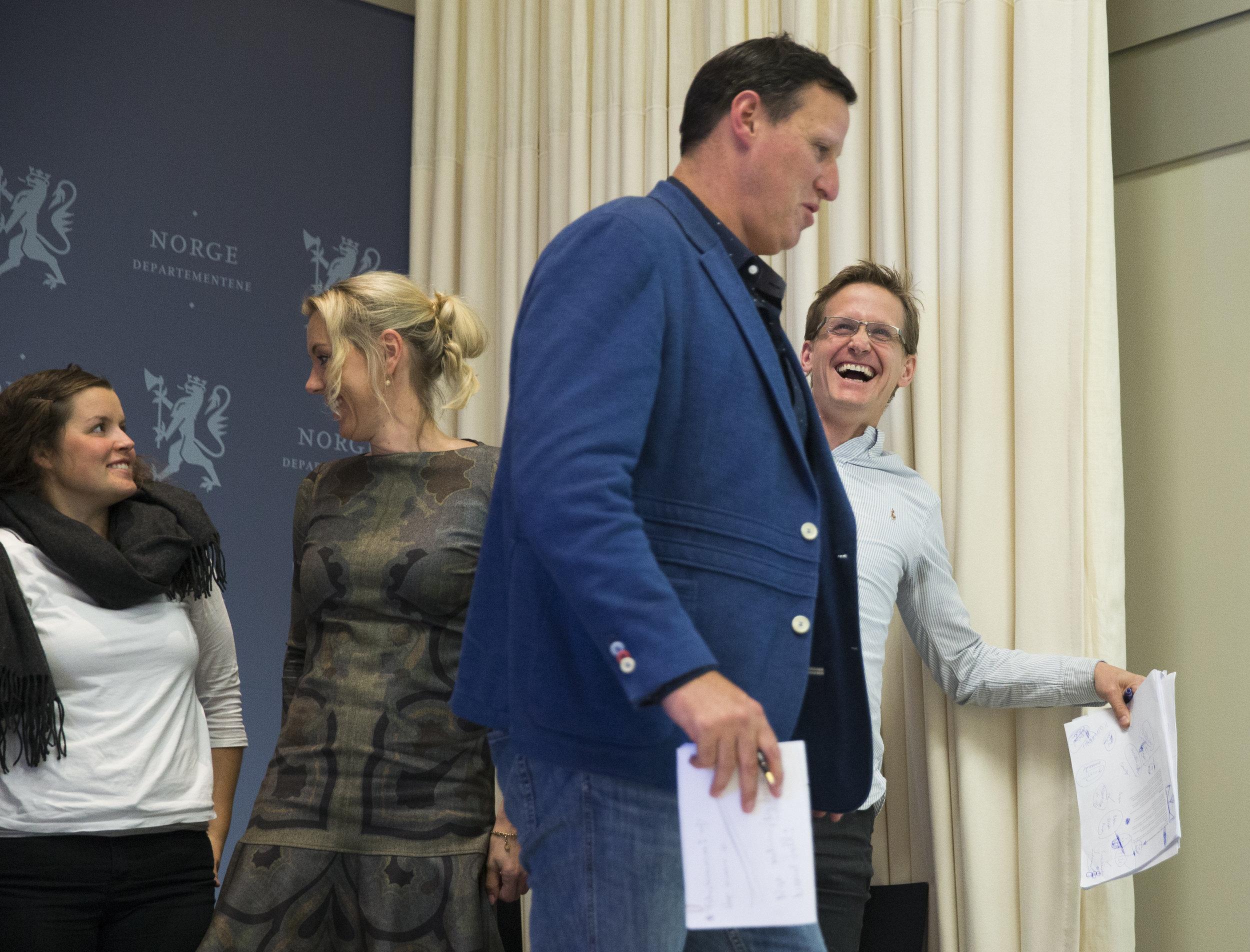 Idrettspresident Tom Tvedt og VG-kommentatot Leif Welhaven har hatt mange diskusjoner. Her er de i åpenbart godlune. FOTO: Berit Roald/NTB scanpix