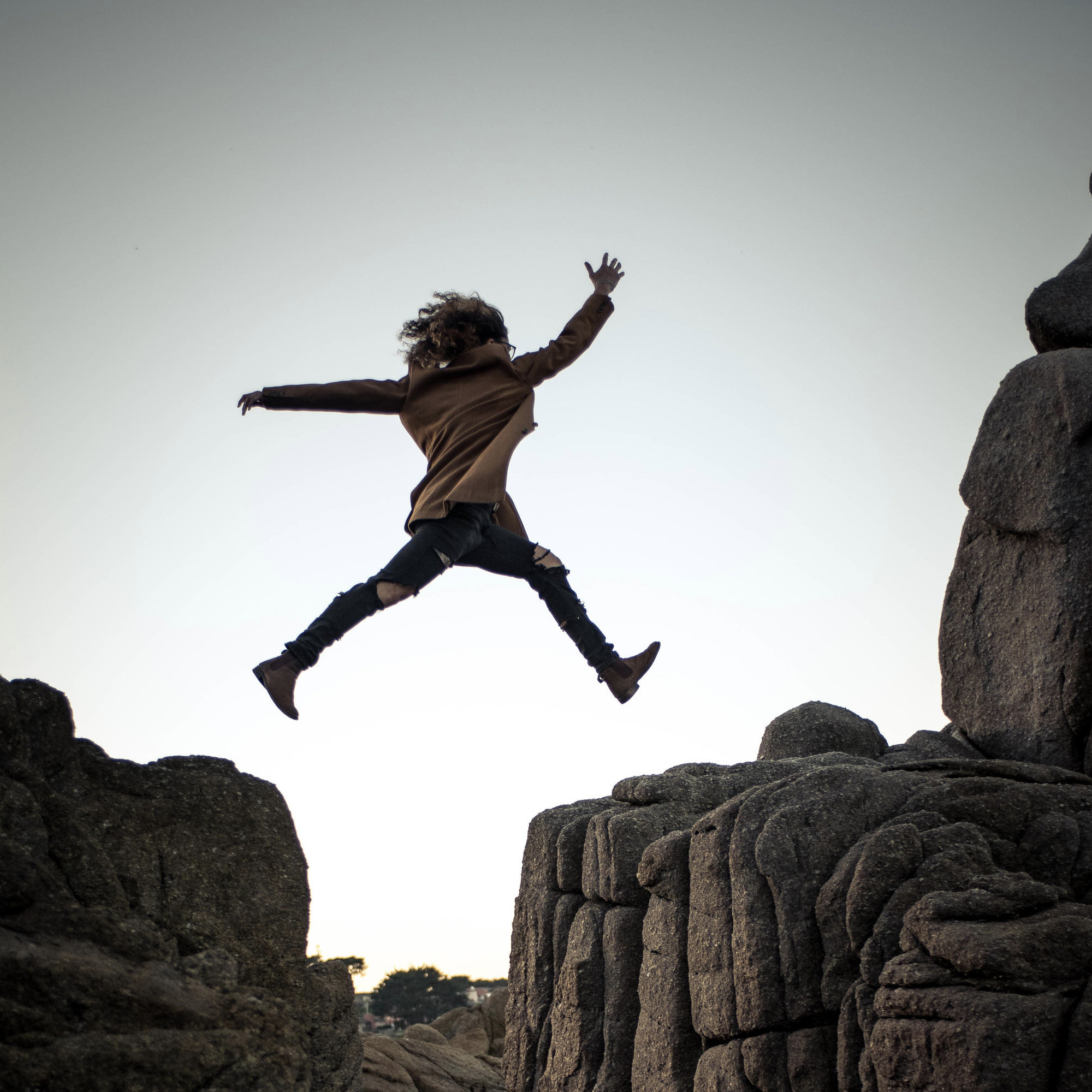 FÖRSTA STEGET - …till ett mer hälsosamt liv är steget du just tog när du klickade dig in på vår hemsida. Här är du välkommen oavsett tidigare erfarenhet av träning och hälsa!