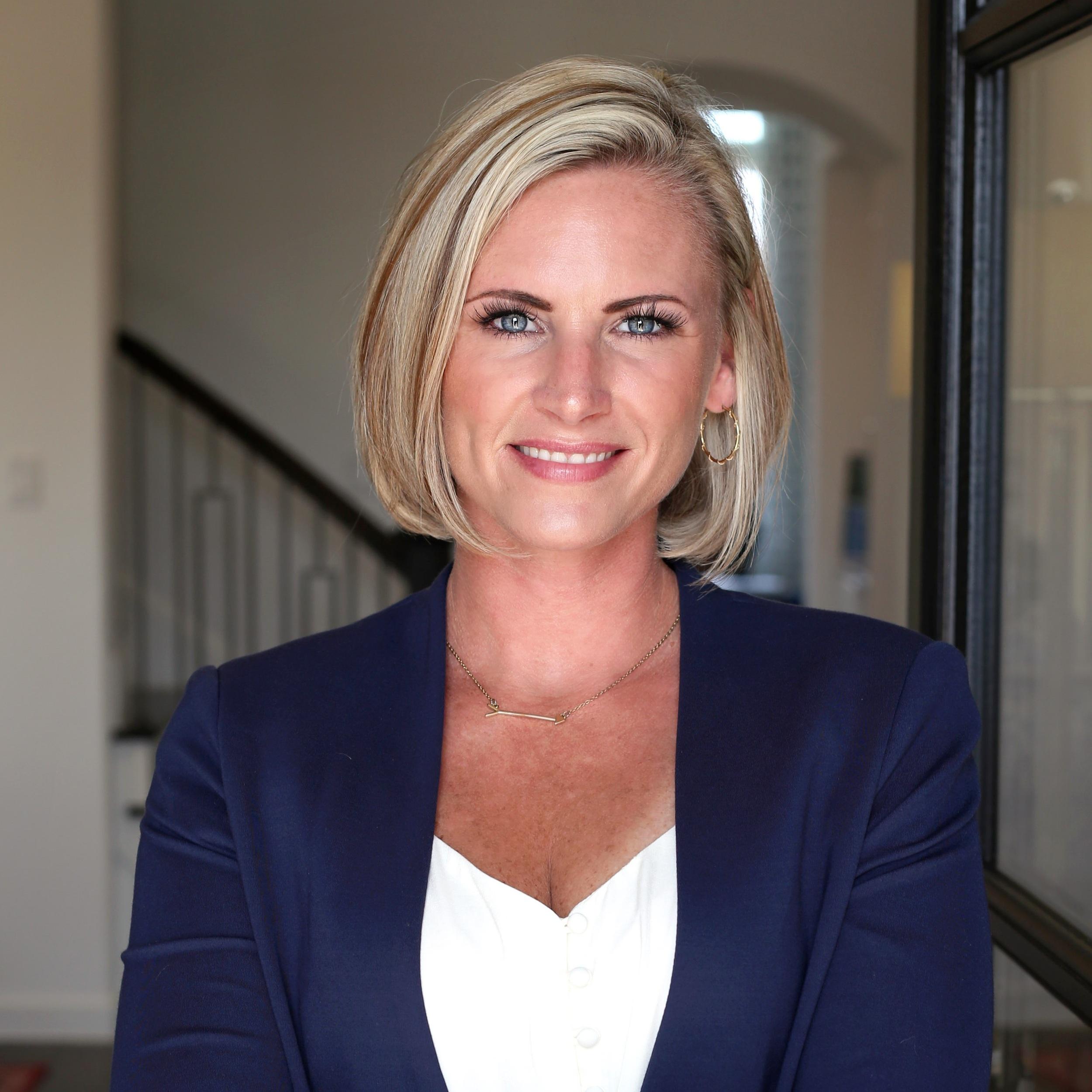 Lindsay Pettit   Professional REALTOR® Consultant