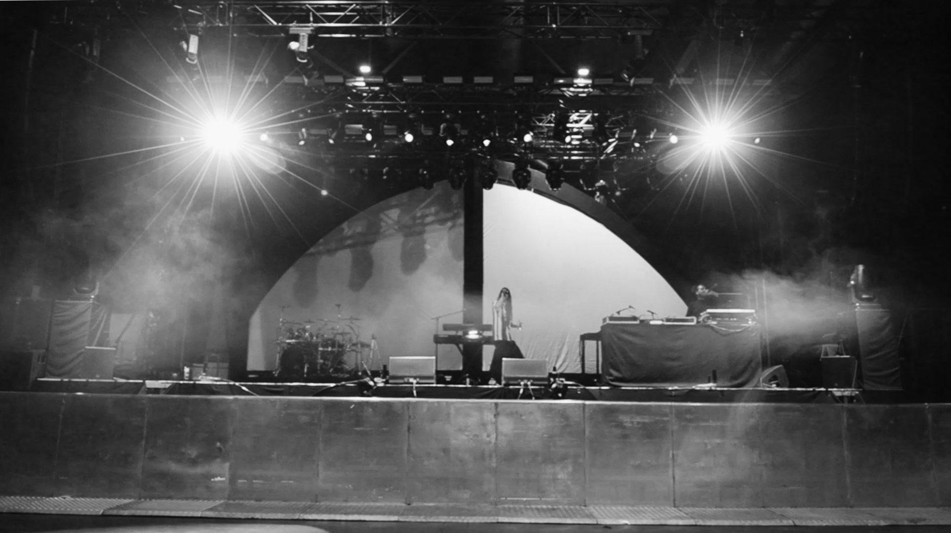 Niklas Nischke - Yung Pinch G-Eazy Berlin Tourtsop 02.jpg