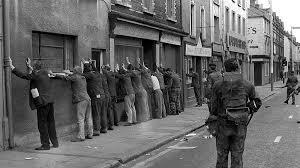 Belfast's Troubled History Tour - From Conflict and Terror to Peace and Prosperity