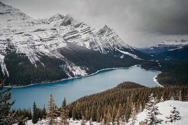 I've been to a lot of places in my life but Banff has got to be one of my all time favorites.  An endless opportunity for photos, including this classic spot.  I imagine this place is insane in the summer months, but November was perfectly quiet and felt like we had most of the region to ourselves!  Thanks Banff!  We'll be back. . . . . .  #outdoors #wilderness #getoutside #instanaturelover #natgeohub #summit #instanature #camping #optoutside #rei1440project #getoutstayout #theoutbound #thegreatoutdoors #outdoorlife #choosemountains #goatworthy #campvibes #travelstoke #letsgosomewhere #liveyouradventure #campingcollective #briskoutdoors #getoutdoors #liveoutdoors #staywild #banff #explorealberta #canada #alberta #peytolake