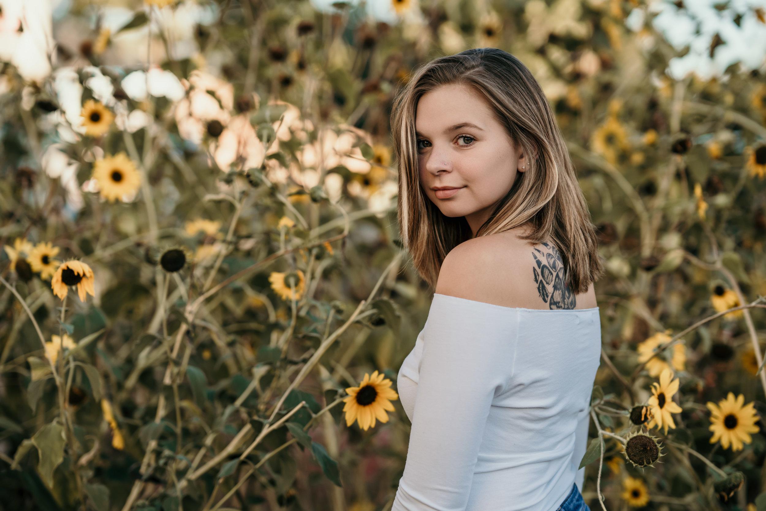 denver senior pictures in sunflowers