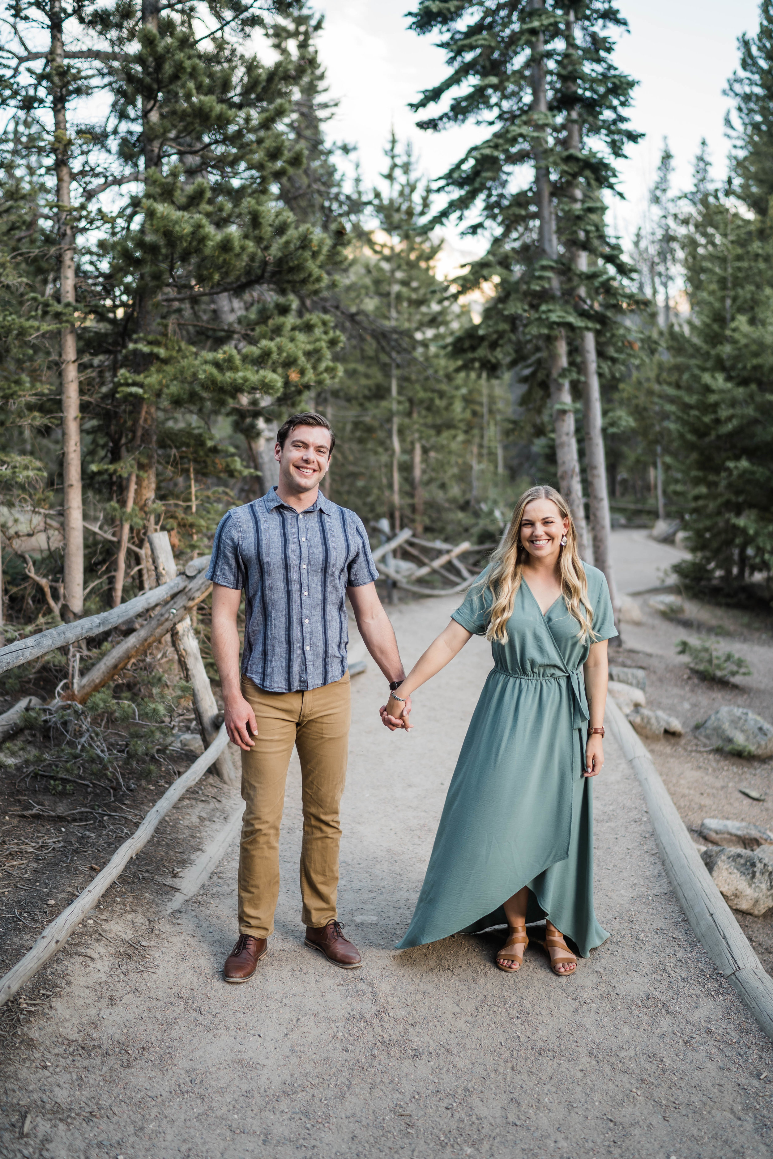 engagement photos in rocky mountain national park RMNP at bear lake -DSD06668.jpg