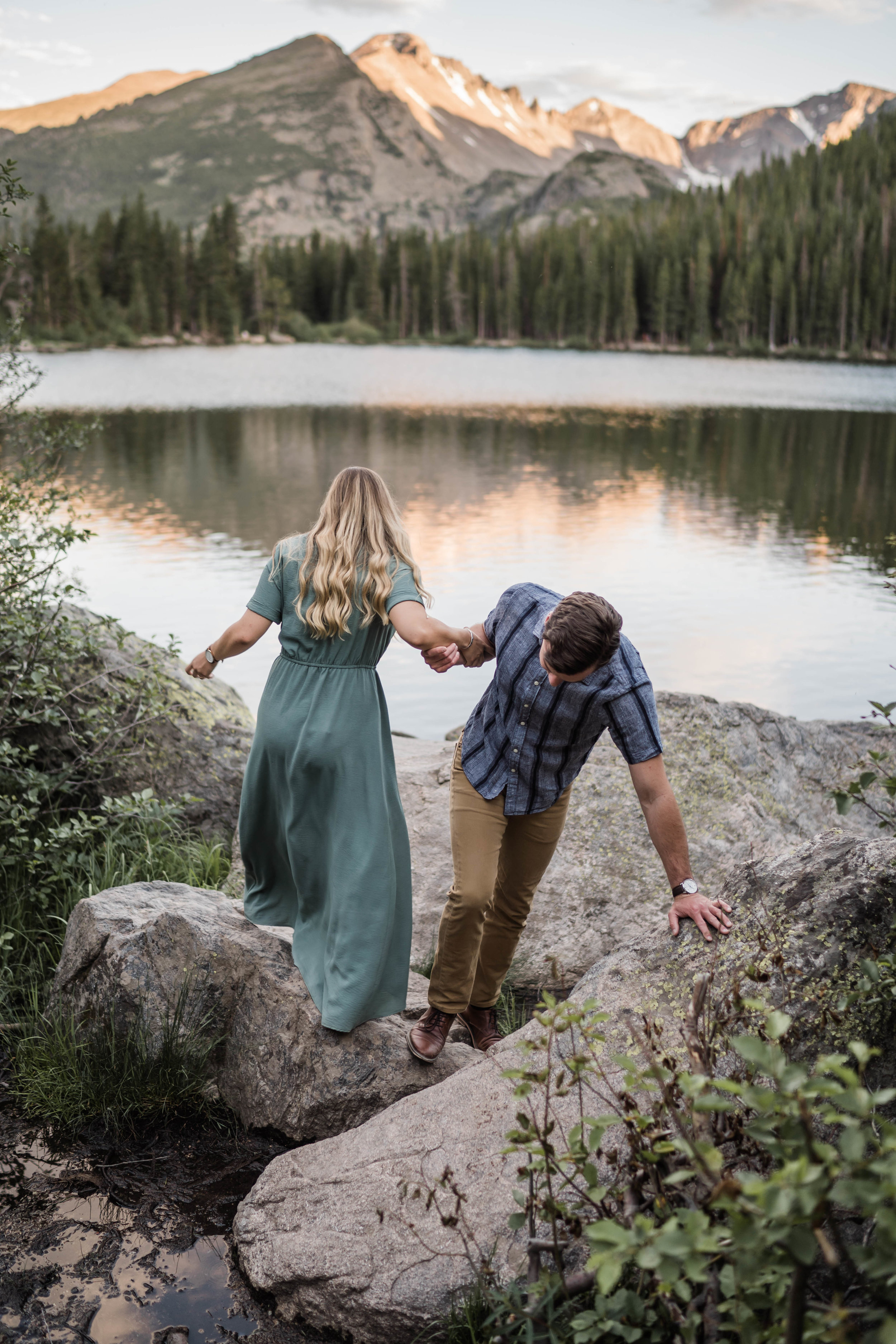 engagement photos in rocky mountain national park RMNP at bear lake -DSD06745.jpg