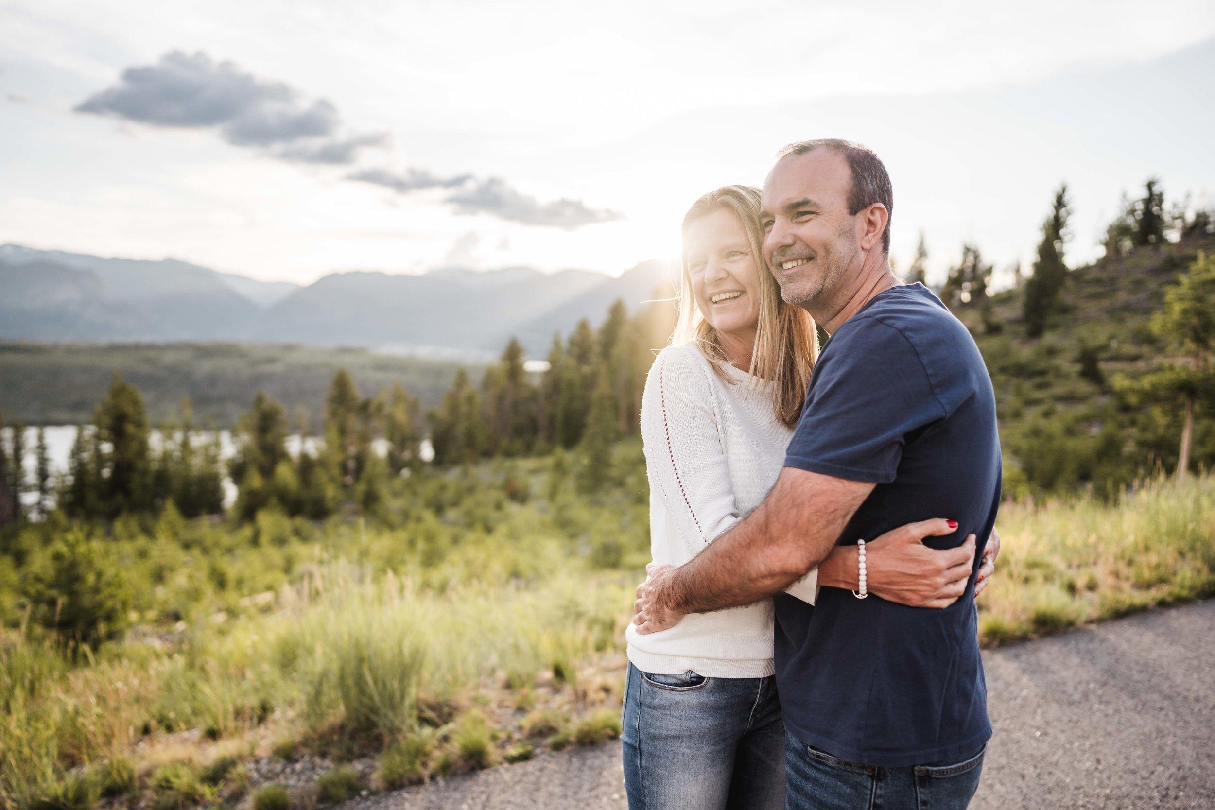 denver-family-photographer-in-breckenridge-mountains-DSD01362.jpg